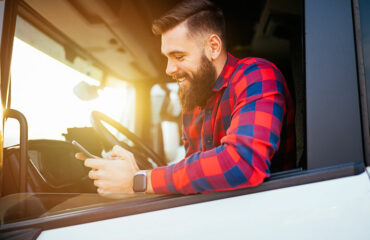 Drivers Keep Documents Organized with Expense Tracking Application